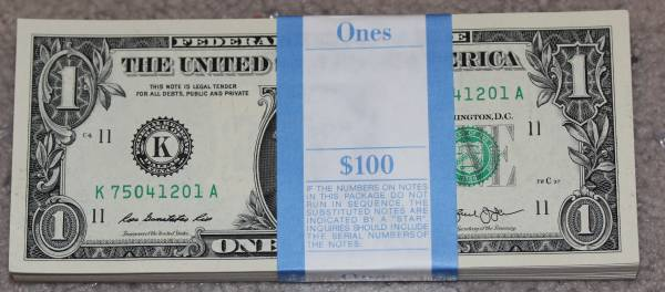 100 Pack Federal Reserve note 2013 Dallas K75041201A.JPG