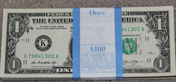 100 Pack Federal Reserve note 2013 Dallas K75041301A.JPG
