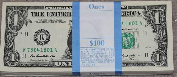 100 Pack Federal Reserve note 2013 Dallas K75041801A.JPG