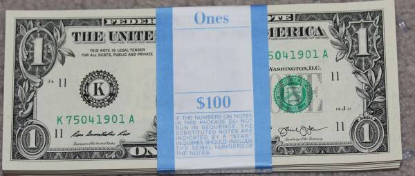 100 Pack Federal Reserve note 2013 Dallas K75041901A.JPG